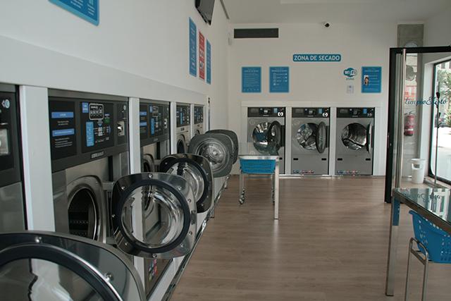 lavander a autoservicio en vigo limpio y listo
